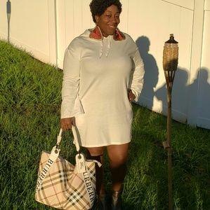 Handbags - Fashion